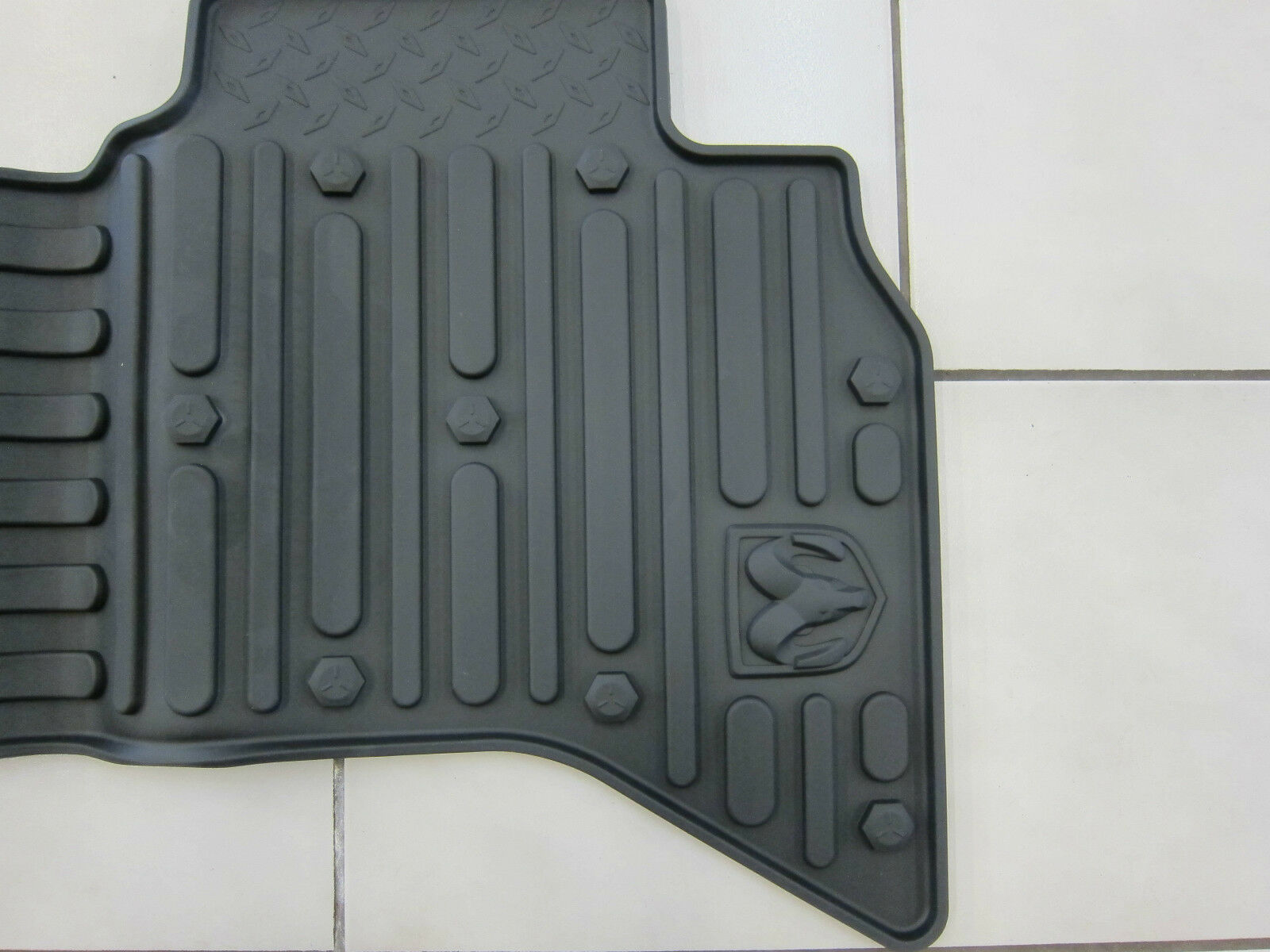Dodge Ram Quad Cab All Weather Rubber Slush Floor Mats Mopar Oem Ebay