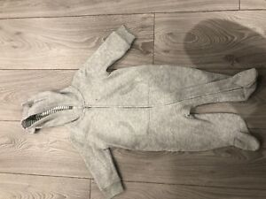 Boys GAP 1 Grey 1 Piece  Jogger with feet size 6-9 months