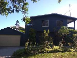 Lovely 3 bed ens top floor house double garage low main back yard Kuluin Maroochydore Area Preview