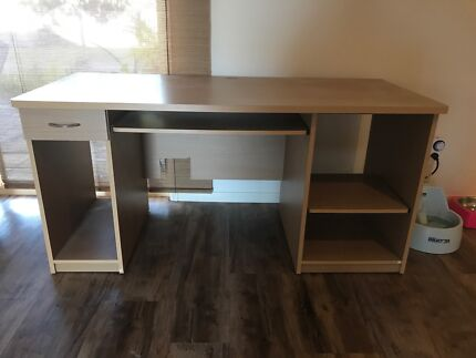 IKEA office desk excellent condition and rarely used Desks