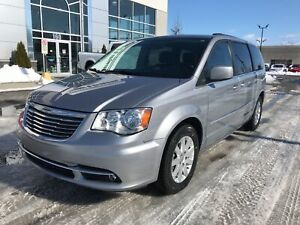 2015 Chrysler Town & Country Touring **STOW N' GO, CAMERA, HAYON