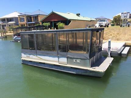Southland Horizon 2000 Pontoon Boat *** $24,990 ***