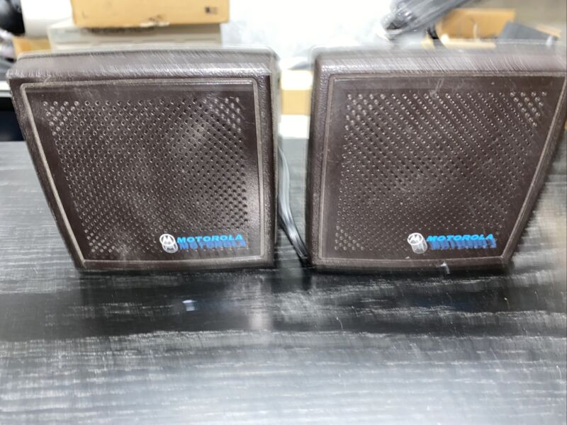 Lot Of 2 Motorola Speaker Model HSN6001B HSN4018B Bracket One New
