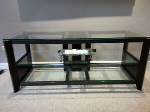Flat screen tv stand for sale. Delivery available. LAST CHANCE