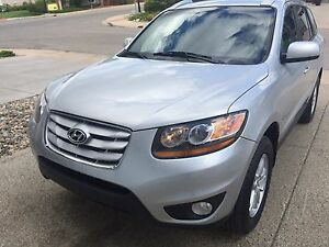 2010 Hyundai Santa Fe GL AWD (REDUCED!!)