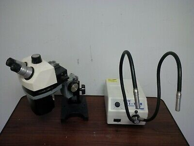 Bausch Lomb Stereozoom 7 Stereo Microscope W Stand Light Source