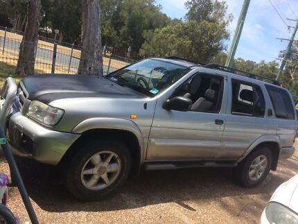 Nissan 4x4 $1200 Cash tomorrow