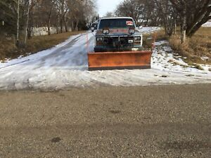 1981 Ford  3/4 ton truck with snow blade
