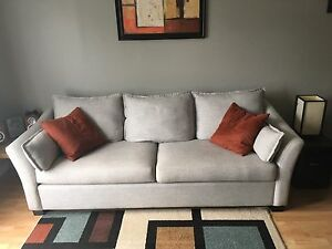 "Moving must sell 89"" Sofa"
