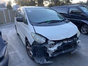 Wrecking Toyota Estima mcr30 v6 1MZ engine Kingswood Penrith Area Preview