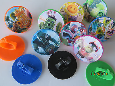 12 Plants Vs Zombies Garden Warfare ring cupcake toppers - birthday party favor  (Cupcake Favors)