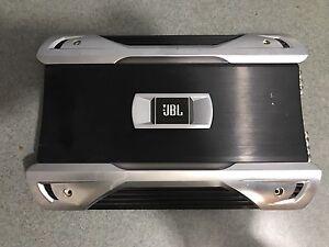 JBL GTO 700.1