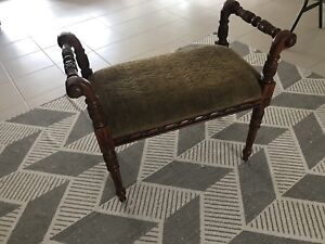 Antique style piano stool | hand carved | A+ condition  Meadow Springs Mandurah Area Preview