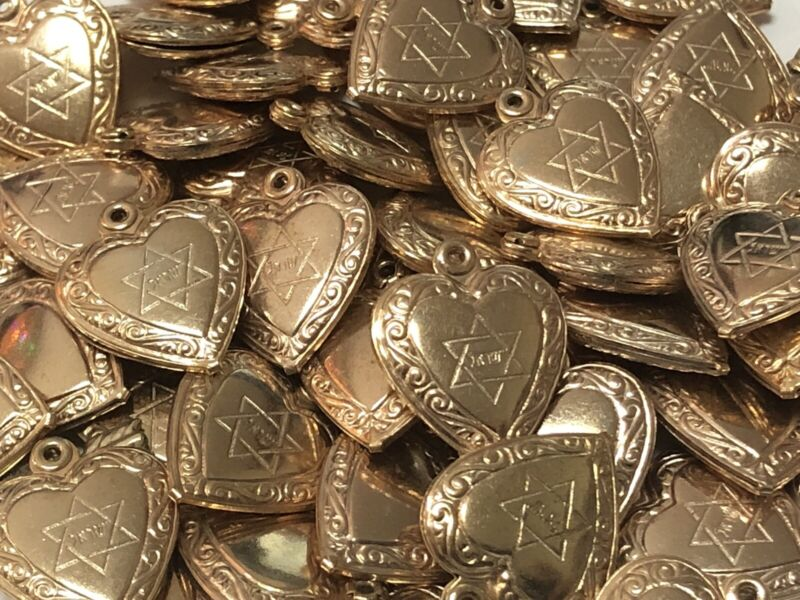 Lot of 25 Vintage Jewish PUFFY HEART CHARMS with The Star of David