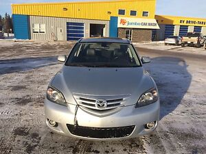2004 MAZDA3 GS SPORT! For family or student !!!