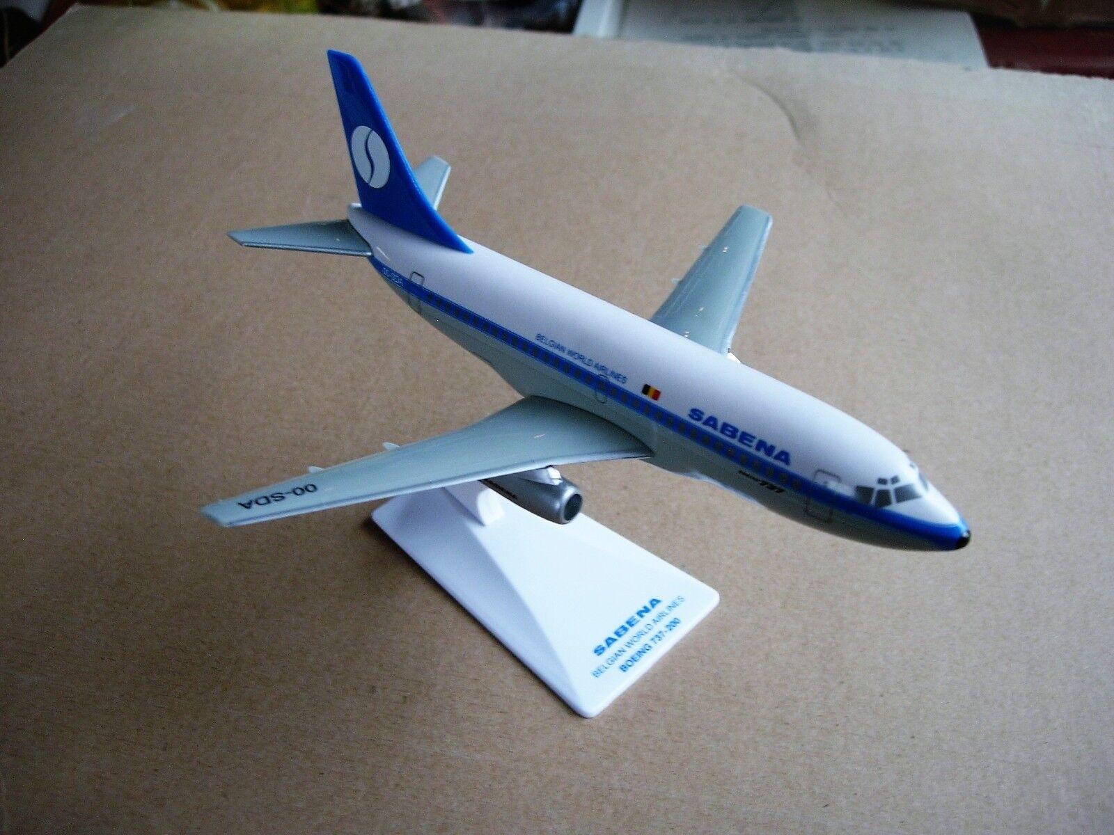 Sabena miniatuurvliegtuig Boeing B737-200 schaal 1/200 met originele doos.L:17cm