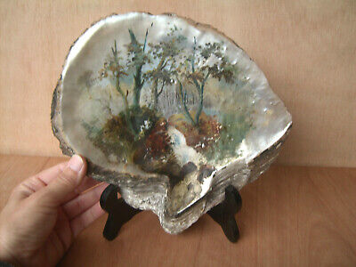Large painted scene mop shell