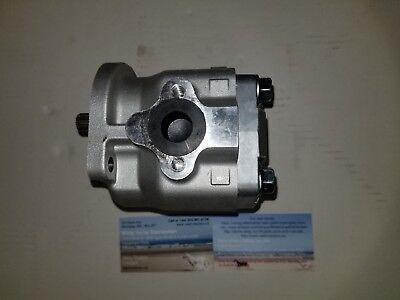 31351-76100 31351-76102 New Hydraulic Oil Pressure Pump Fits Kubota L35