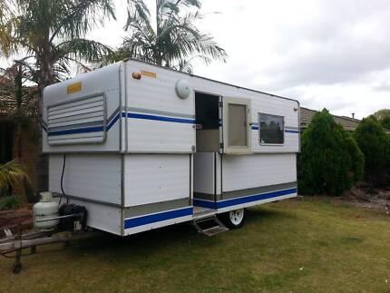 Prattline Vintage pop top 6 Berth Caravan