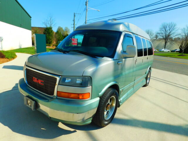 Image 1 of GMC: Savana AWD LIMITED…