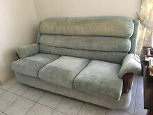3 piece lounge Wilsonton Toowoomba City Preview