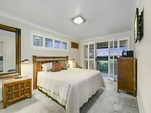 King Bed Setting Carrara Gold Coast City Preview