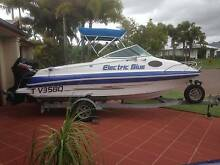 2005 5M HAINES SIGNATURE CUDDY CABIN Banksia Beach Caboolture Area Preview