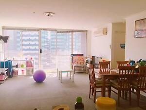 Looking for female housemate Southbank Melbourne City Preview