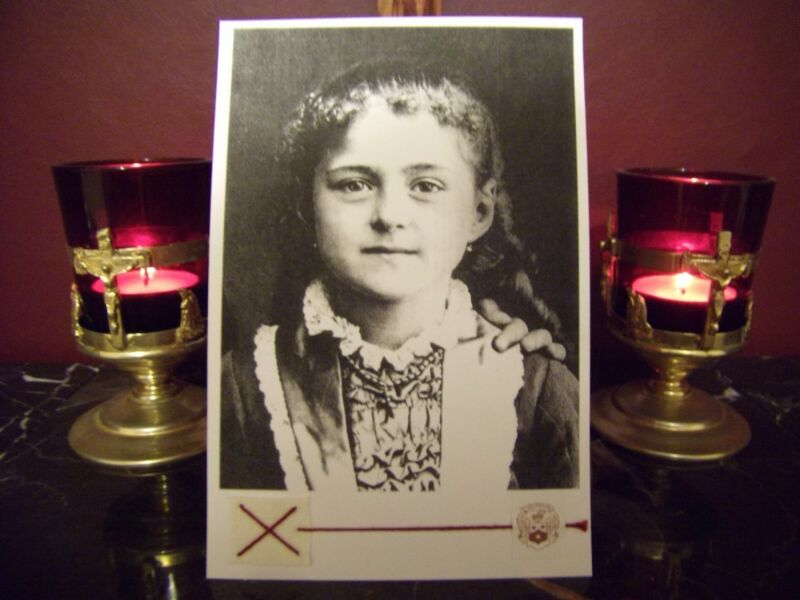 "St. Therese' the beloved ""Little Flower"" as a Child Large Holy Card w/Relic"