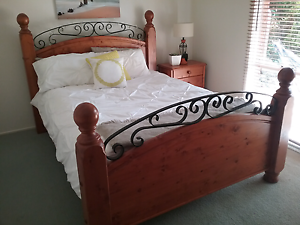Solid queen bed Warrnambool Warrnambool City Preview