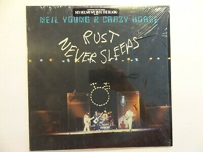 Neil Young - RUST NEVER SLEEPS - 1979 - Vinyl LP w lyric- (Personal Collection) -