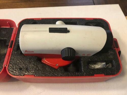 Leica NA730 Optical Level With Leica Hard Case