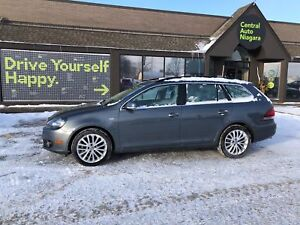 2014 Volkswagen Golf Wagon TDI-WOLFSBURG / /NAVI/LEATHER/PANO SU