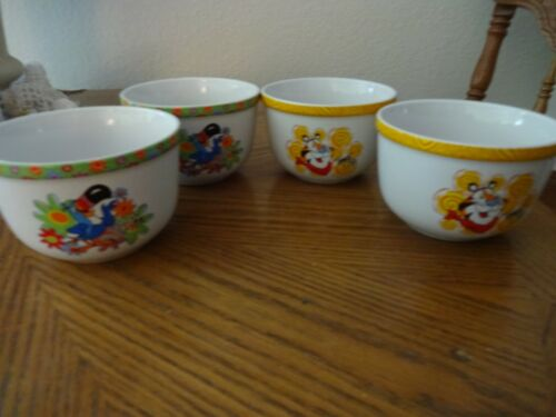 4 KELLOGGS CERAMIC CEREAL BOWLS HOUSTON HARVEST-2 FROSTED FLAKES/2 FRUIT LOOPS