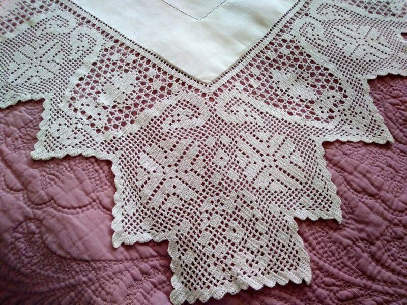 "Fantastic Hemstched Linen & Irish Crochet Lace Tablecloth 52"" x 51"""