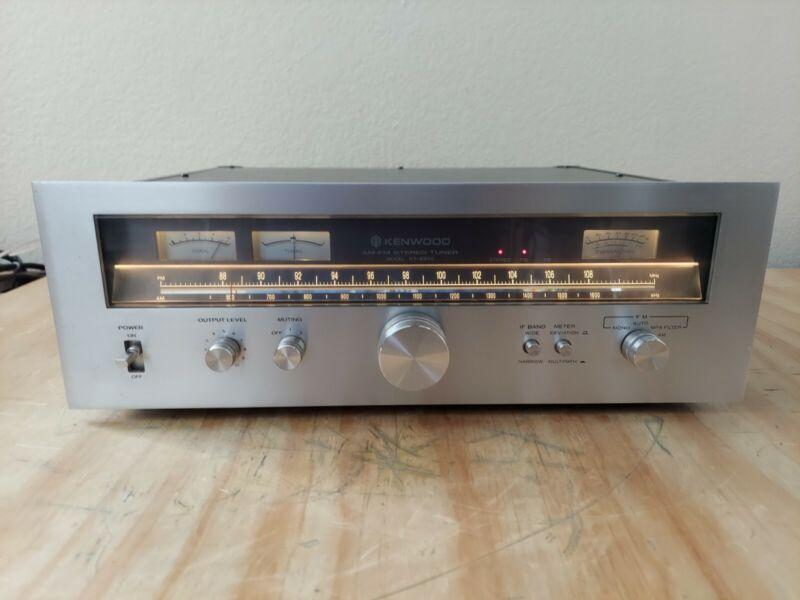 Kenwood KT 8300 Tuner Beautiful Condition