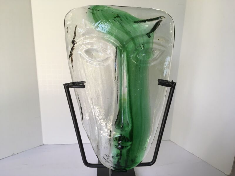 MCM ERIC HOGLUND FOR KOSTA BODA GREEN ART GLASS FACE MASK WITH IRON STAND