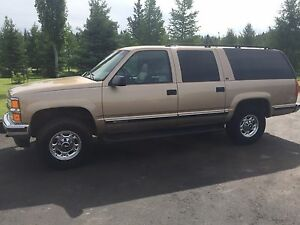 1999 Chevrolet Suburban LT 1500