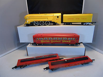 American Flyer REPAINT Yellow Circus engine & red cars.