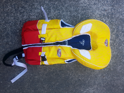 Wahu child medium life jacket PFD