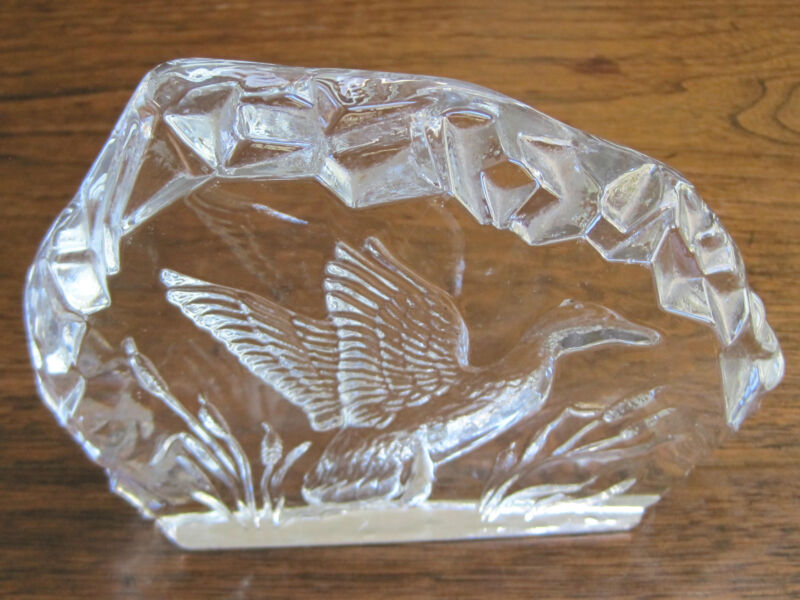 "VINTAGE REVERSE ETCHED-SCULPTURED 5"" TALL GLASS ""FLYING DUCK"" FIGURINE-DISPLAY"