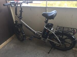 Emmo Electric bicycle for sale (E-Bike) IT NEEDS TO BE GONE ASAP