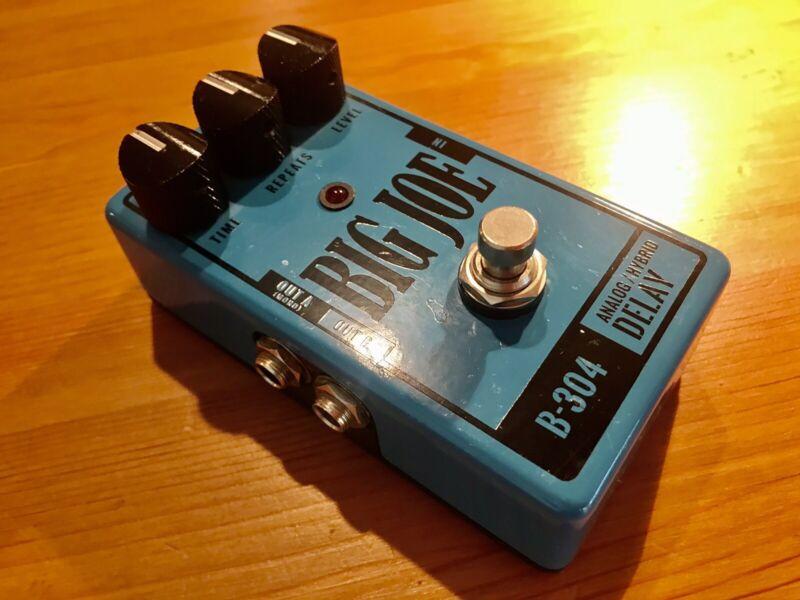 Big Joe B-304 Anolog/Hybrid Delay Guitar Effect Pedal
