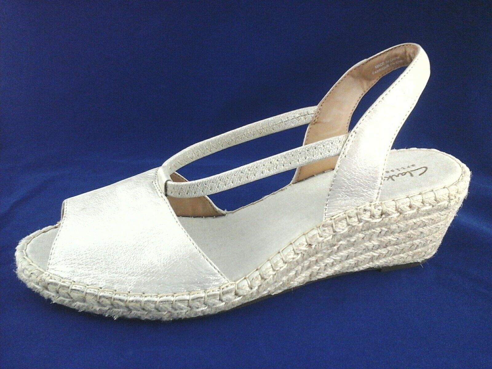 a717055feac0 CLARKS Sandals Espadrilles Gold PETRINA LULU Wedge Slip On Womens US 12 44   100