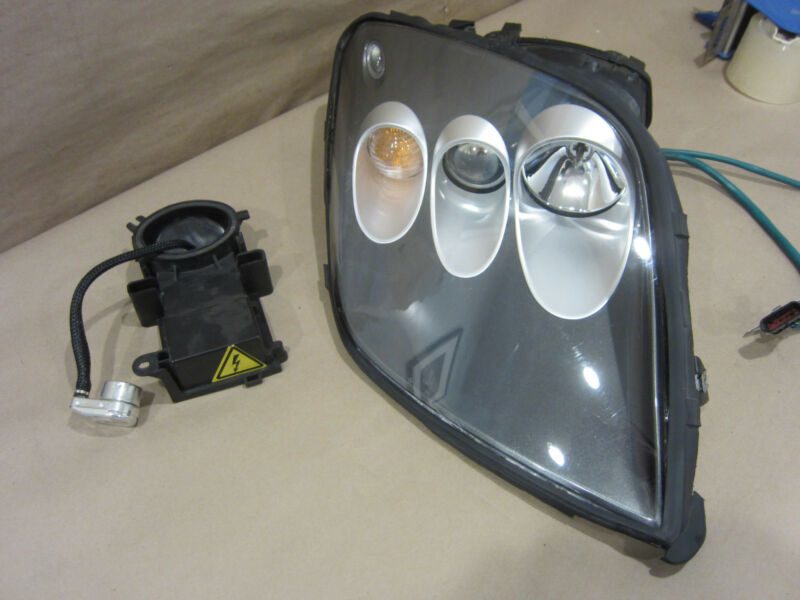 Ferrari 575 - Rh Headlight Assembly Part# 69181474