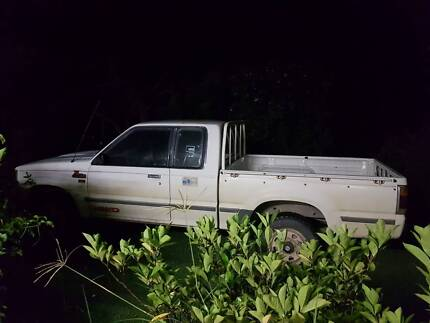 94 Ford courier