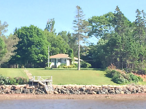 Cottage to be moved from Rocky Point
