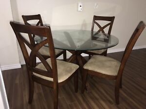 Wood and glass dining table with 4 chairs