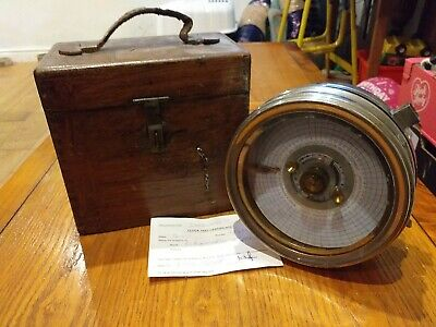 Vintage Toulet Imperator Pigeon Racing Clock In Wood Carry Case No.127474