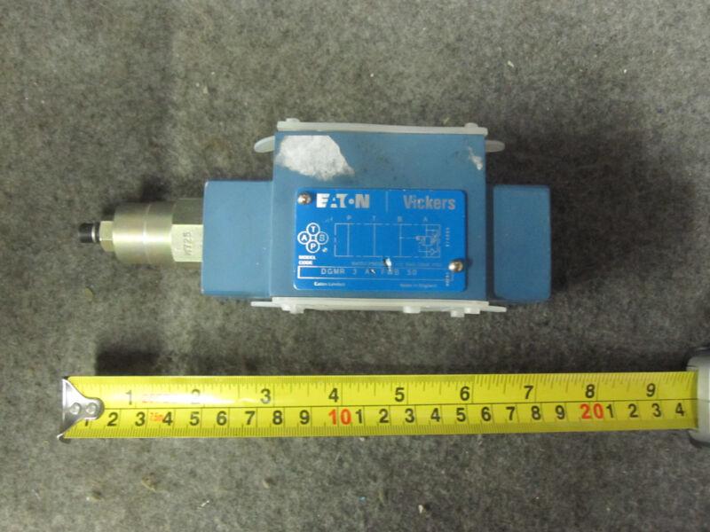 VICKERS DGMR-3-A1-FWB-50 PRESSURE CONTROL VALVE NEW